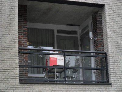 verhuizendoos op balkon - UTS Verkroost Nijmegen