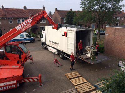 verhuizen kraan- UTS Verkroost Nijmegen
